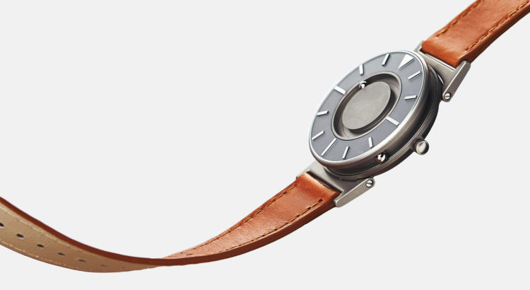 Eone The Bradley Timepiece - Voyager